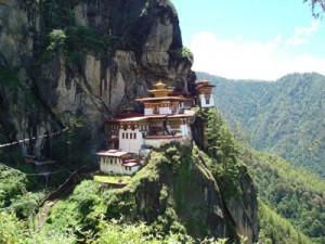 聖地タクツァン僧院